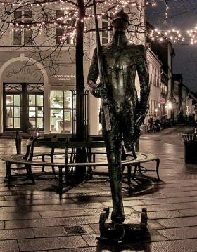 The Steadfast tin soldier in Overgade with Christmas lights